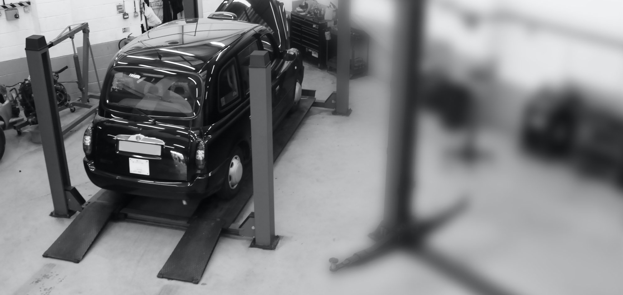 slider-black-taxi-workshop