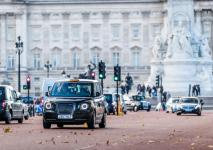 electric-taxi-lease-rental-london-15.jpg