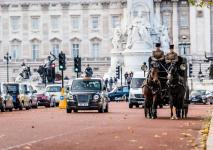electric-taxi-lease-rental-london-17.jpg