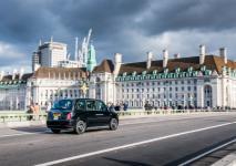 electric-taxi-lease-rental-london-21.jpg