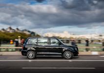 electric-taxi-lease-rental-london-27.jpg