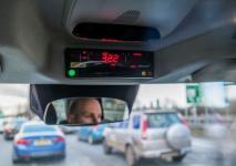 electric-taxi-lease-rental-london-3.jpg