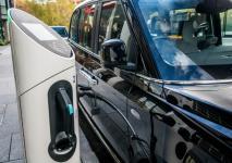 electric-taxi-lease-rental-london-33.jpg